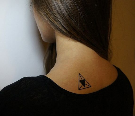 Multiple triangle tattoo tattoos ink tatuajes tattoo for Triple triangle tattoo