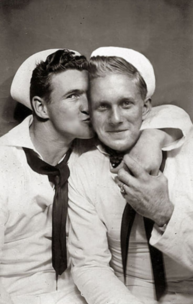 from Draven gay men kissing photos