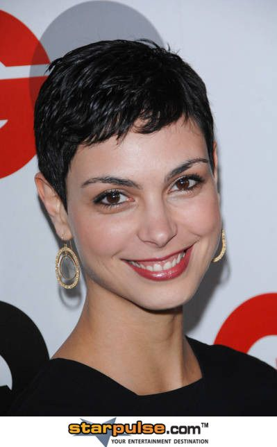 Morena Baccarin: Short Hairstyles For Women, Short Haircuts, Morena Baccarin, Pixie Haircut Styles, Gq Men, Shorts, Hair Style, Short Pixie Haircuts, Very Short Hairstyles