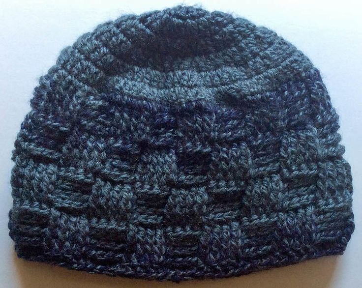 FREE crochet pattern for the Meandering Walk in the Woods Basketweave Beanie by Marie Segares/Underground Crafter.