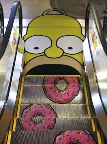 Escalator Homer Simpsons eat donuts