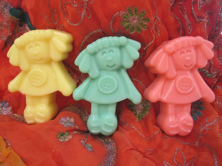 cute girlfriends handmade soaps χειροποίητες δεσποινιδούλες από σαπούνι αλόης