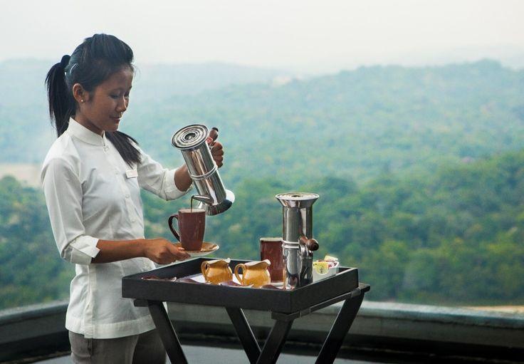 Never deny the call for good coffee and conversations!  #vivantabytaj #vivanta #Coorg #Madikeri #Coffee #Plantation #FilterCoffee #Beverage
