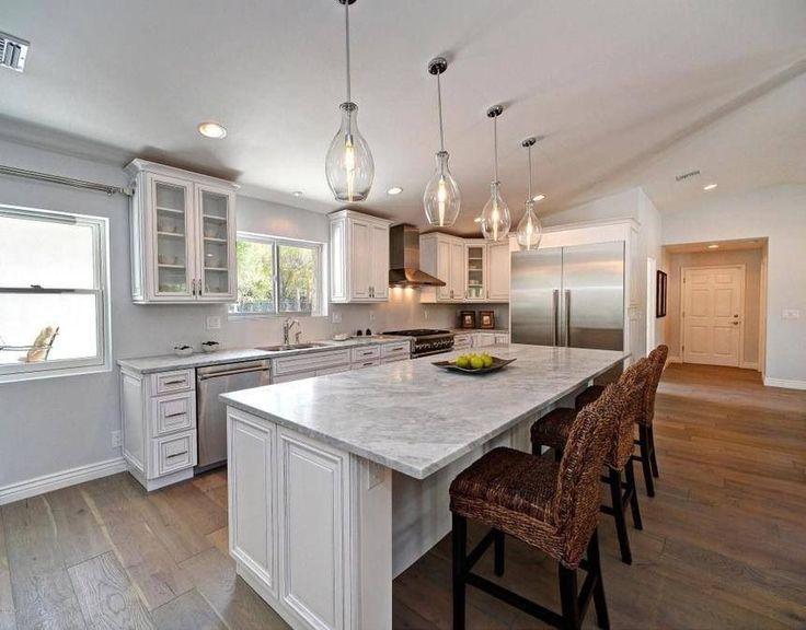 Holzbretter natürliche wohneinrichtung edelstahl küche sonnenlicht küchenbeleuchtung