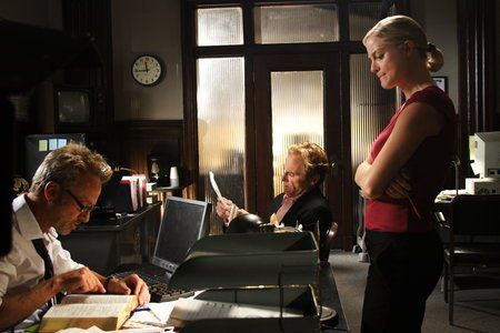 Teri Polo, Jere Burns and Mark Thompson in 2:13 (2009)