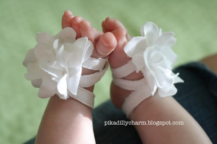 The easiest baby shoes!