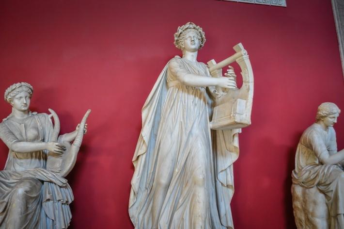 Muzeele Vaticanului  Admirând arta şi istoria în Muzeele Vaticanului - galerie foto.  Vezi mai multe poze pe www.ghiduri-turistice.info