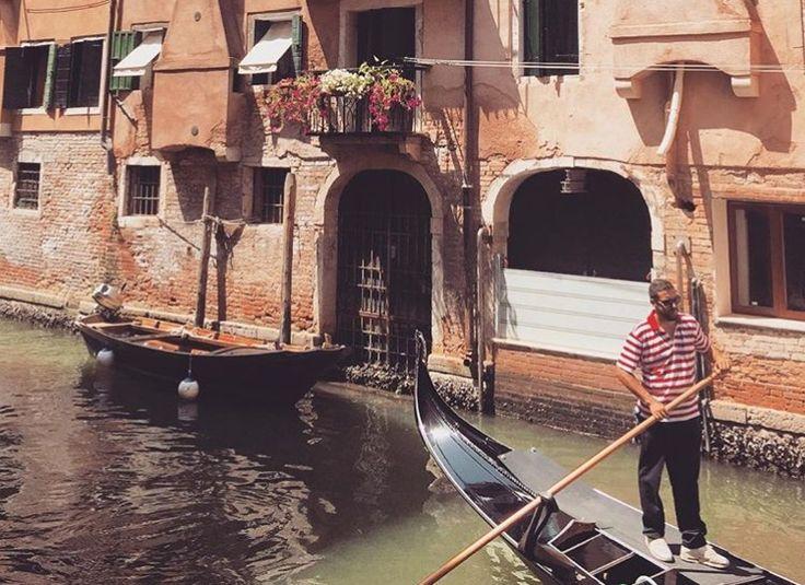He's leading the way          Venezia-Italia