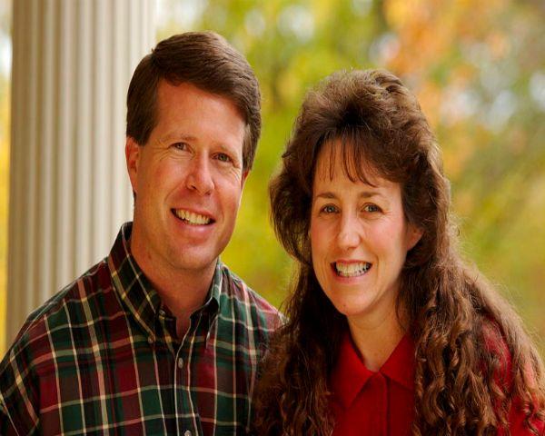 Duggar Family News: Jim Bob & Michelle Adopt Child Despite Divorce Rumors - http://www.morningledger.com/duggar-family-news-jim-bob-michelle-adopt-divorce/13102483/