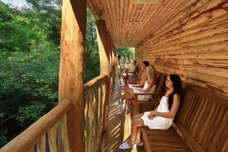 Vychladnutí po žhavé sauně... http://www.impresio.eu/zazitek/zazitkova-koupel-a-wellness-pro-dva