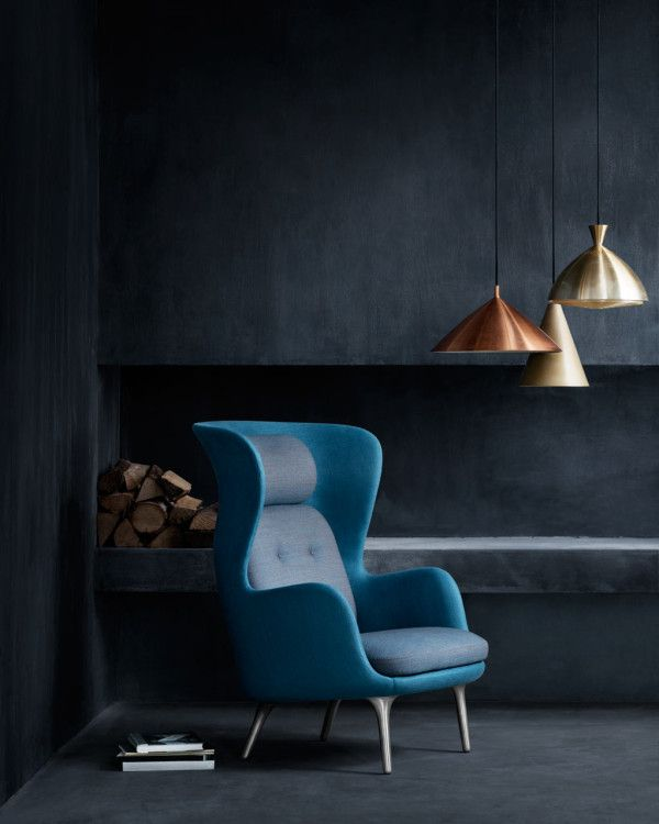 Prolific Spanish designer Jaime Hayon teamed up with Republic of Fritz Hansen to redefine the classic easy chair. Ro is a curvy and elegant chair for reflection, relaxing, and taking a break from the hustle and bustle of your busy day. #HealsAW15