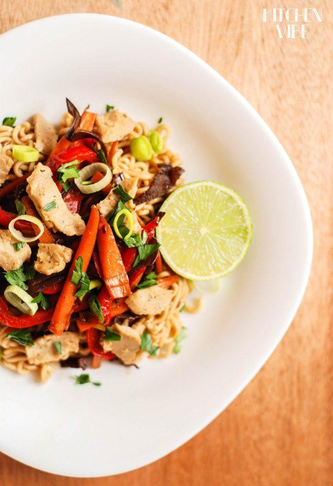 wonton noodles with veggies and seitan