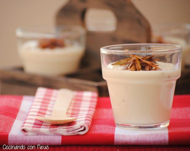 Crema de coliflor con crujiente de puerros y queso Boffard en Thermomix