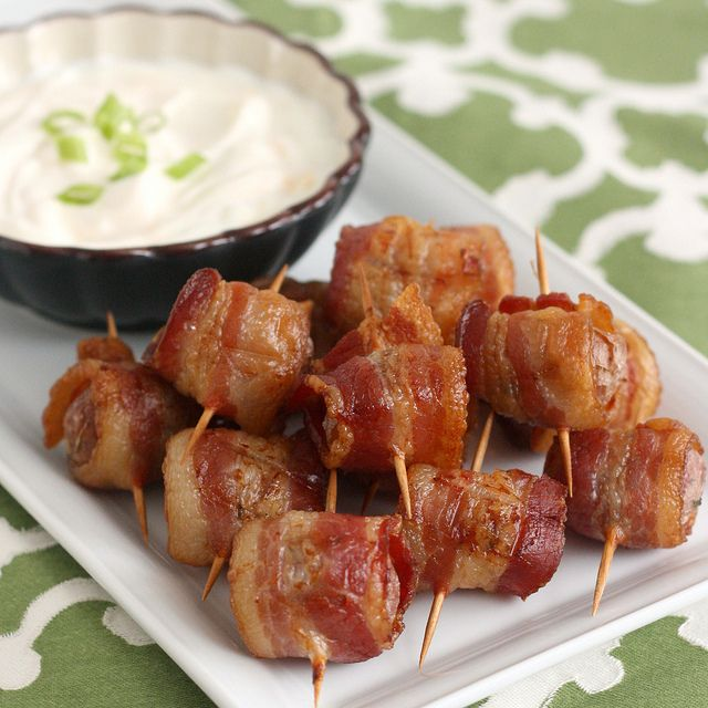 Bacon-Wrapped Potato Bites with Chipotle Sour Cream by @Tracey Wilhelmsen (Tracey's Culinary Adventures)