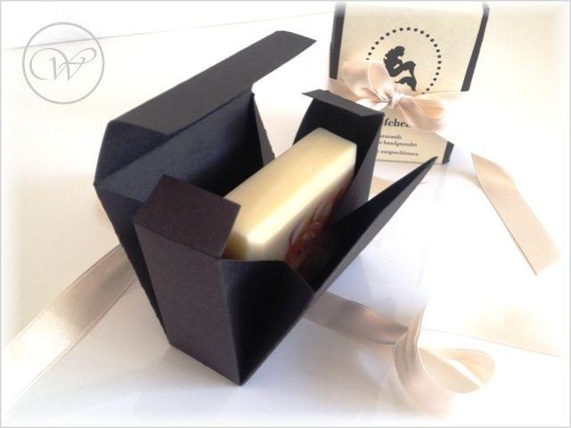 26 besten seife verpacken bilder auf pinterest geschenkkartons verpackung und basteln. Black Bedroom Furniture Sets. Home Design Ideas