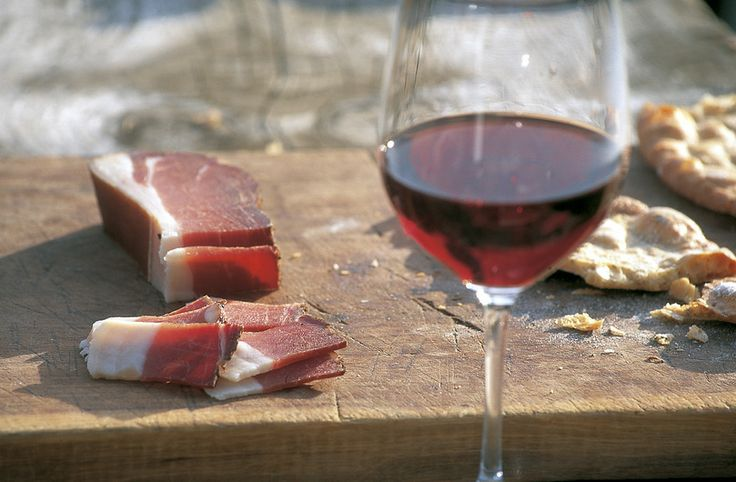 Speck and red wine