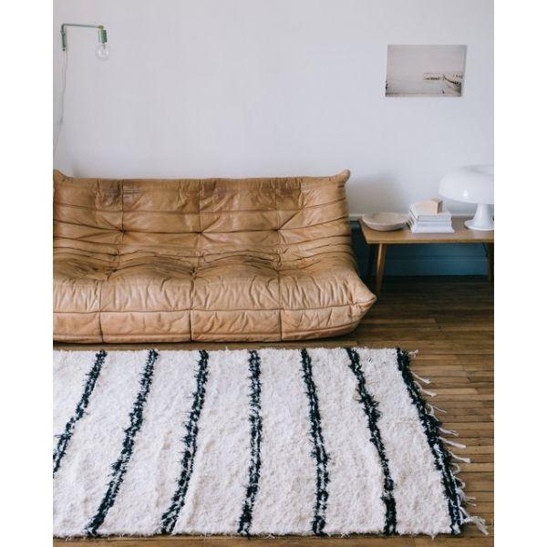 les 65 meilleures images propos de tapis berb re sur pinterest inspiration salons et tapis. Black Bedroom Furniture Sets. Home Design Ideas