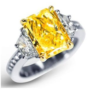yellow engagement rings | Fancy-Fancy Intense, VS1