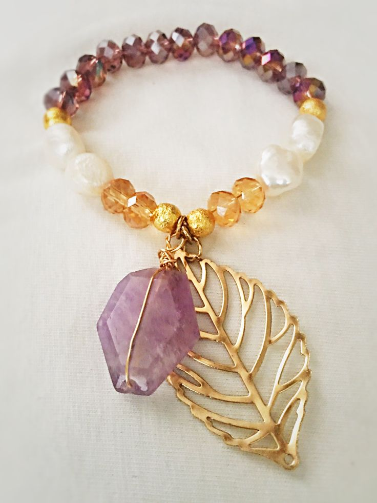 Lilac rondelle...pearls and gold beads bracelet