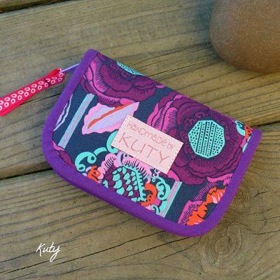 Barvy a styl ... : Barevná s květy do fialova...
