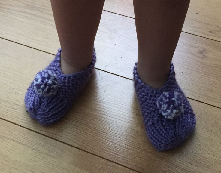 Knitted Toddler Slippers with pom-pom