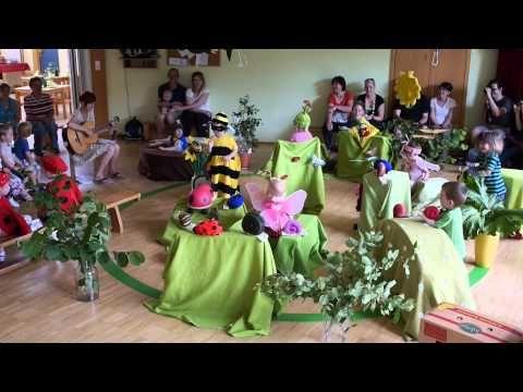 """""""Auf der Blumenwiese"""" - Aufführung, Lied und Singspiel - Minis - Kinderkrippe Bad Waltersdorf - YouTube"""