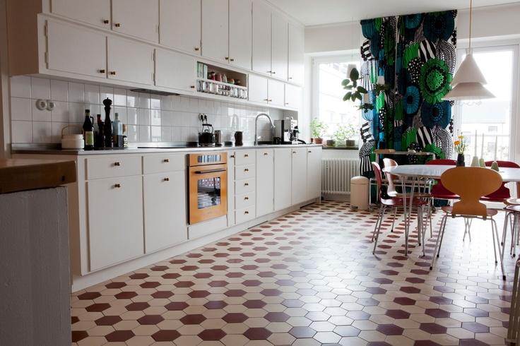 Byggfabriken kitchen 1950's style.