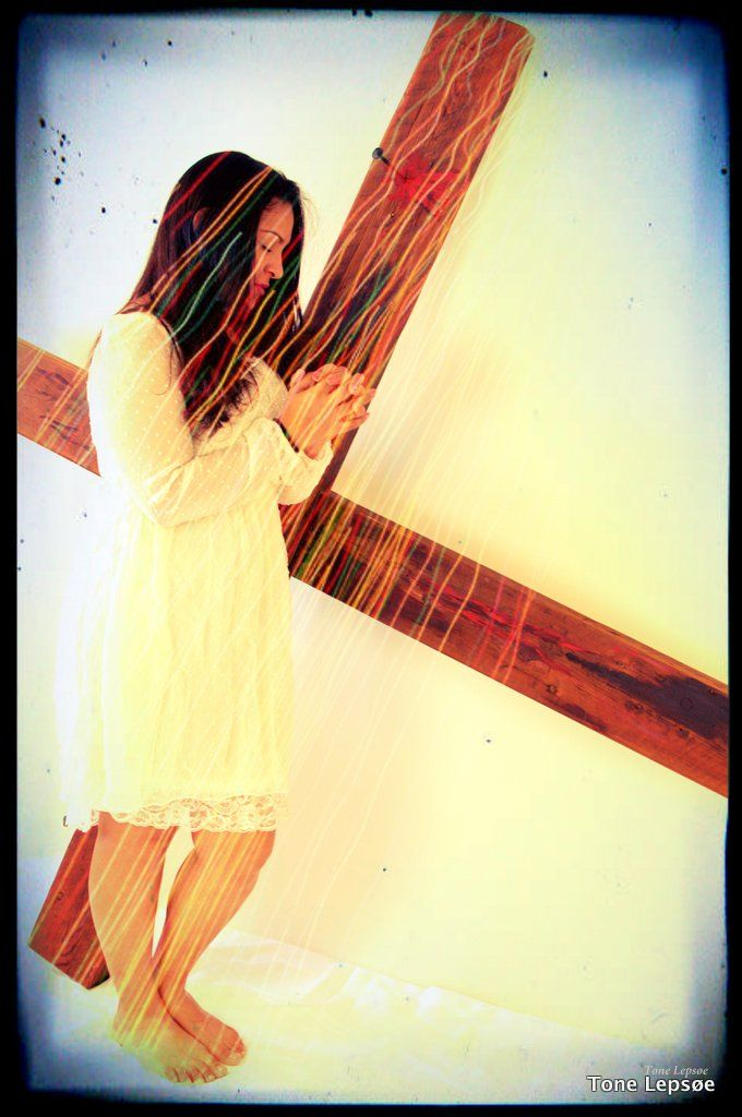Praying <3 Tone lepsoes pictures.