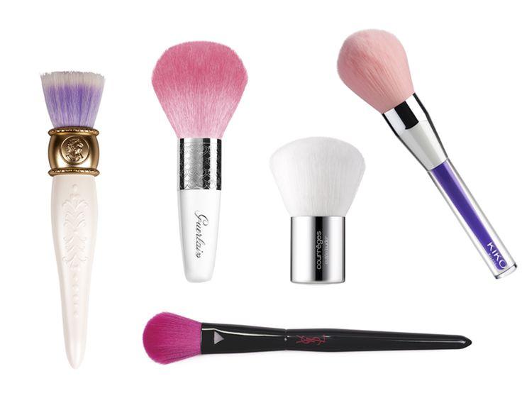 Beaux, colorés et surtout futés, ces pinceaux ont plus d'un tour dans leur sac et nous assurent un maquillage absolument impeccable sur tout le visage....
