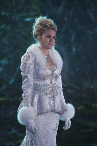 Sunny Mabrey in Once Upon a Time (2011)