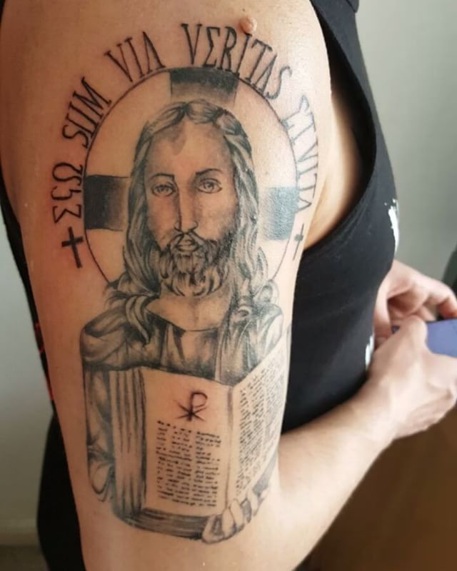 #white #criminal #tattoo #Skiniu #london #jesus