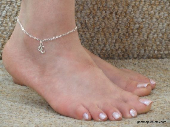 Cheville en argent bracelet de cheville ohm, bracelet de cheville breloque en argent, bracelet de cheville Ohm, bracelet de cheville de Om UK, bonne chance, cadeaux