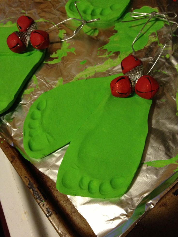 Mistletoe Craft for Christmas. Kids Christmas crafts