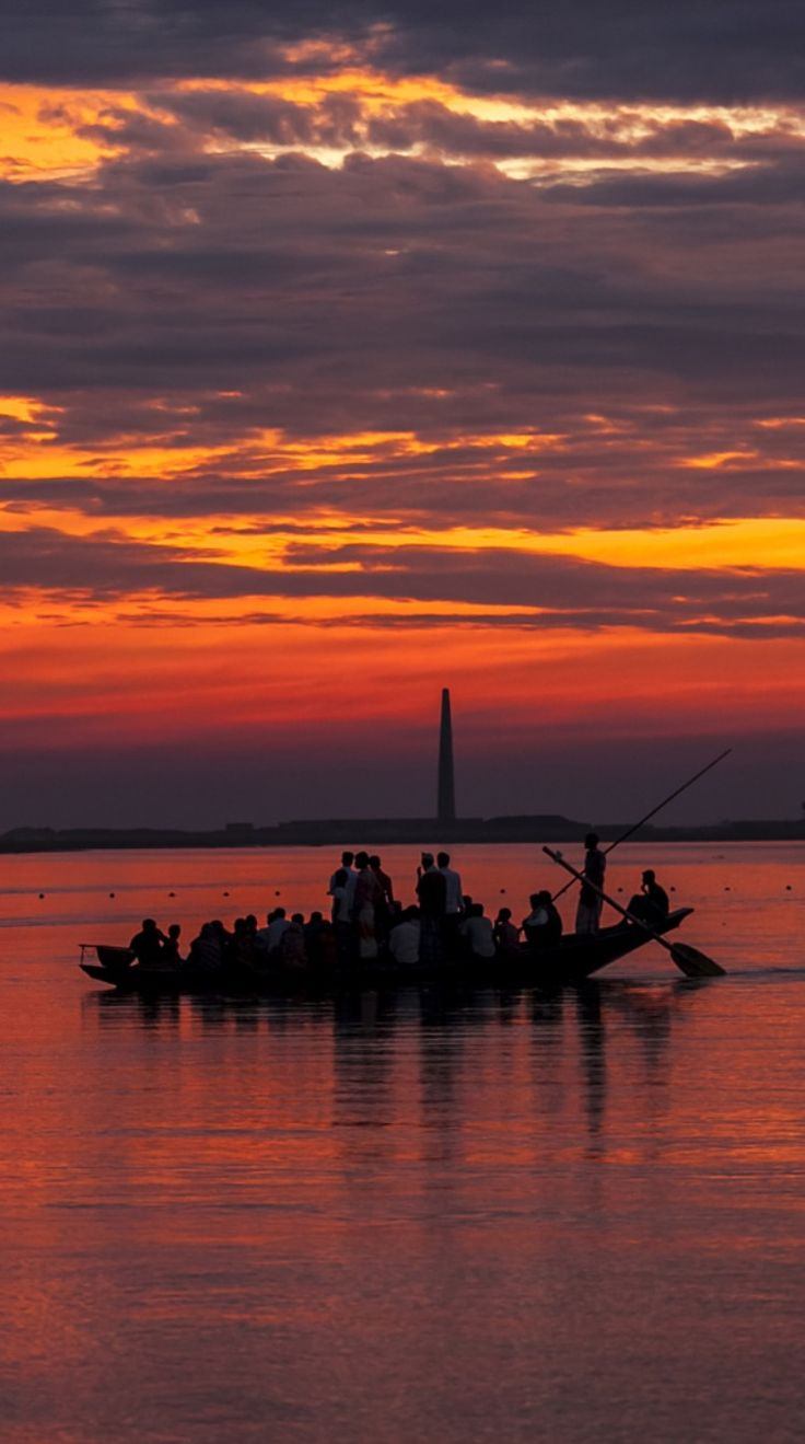 Boat on Sunset by Arshad  Ron  / 500px (Bangladesh)