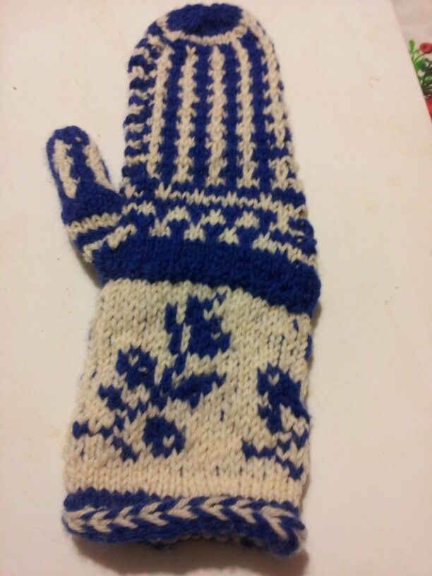 Blue and white mitten