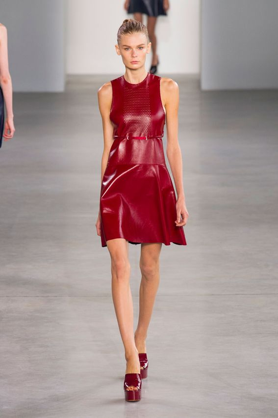 NY FW S/S 2015 Calvin Klein Collection. See all fashion show at: http://www.bookmoda.com/?p=29323 #spring #summer #ss #fashionweek #catwalk #fashionshow #womansfashion #woman #fashion #style #look #collection #NY #calvinklein @calvinkleinuk