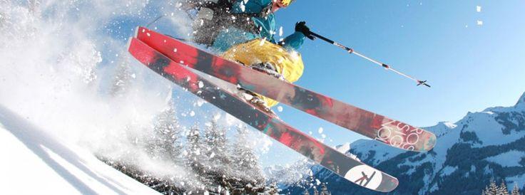 Freeriden, hoe begin je? - www.wintersportfacts.nl  Freeriden wordt ook wel off-piste skiën en snowboarden genoemd. Durf jij het aan een keer een andere vorm van wintersporten te proberen? Je hebt een hoop vrijheid en komt op plekken waar je anders niet zult komen.