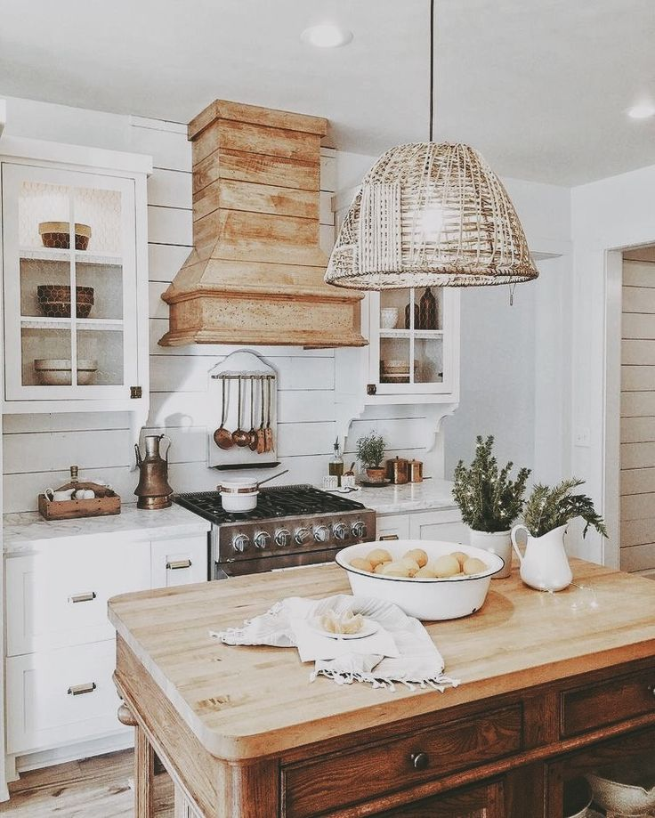 Farmhouse Kitchen Finding the perfect balance of