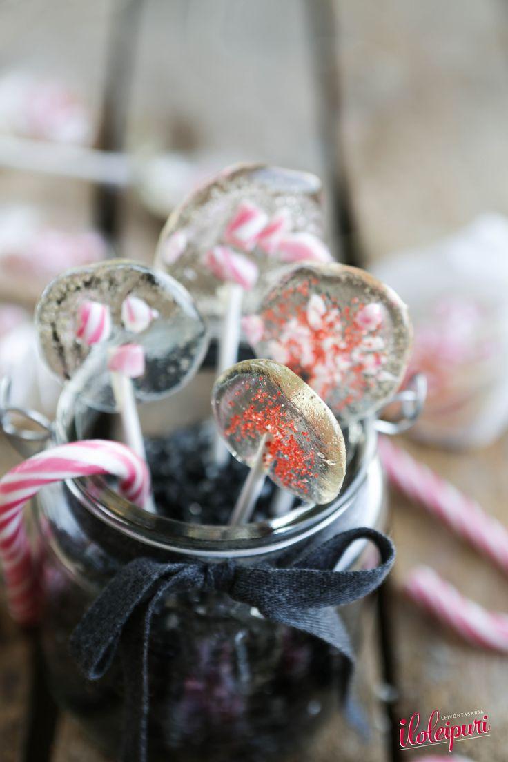 Polkagris lollipops