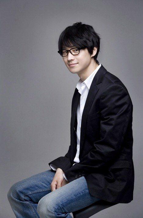 Lee Je Hoon Signal | Lee Je-hoon (이제훈, Korean actor) @ HanCinema :: The Korean Movie ...