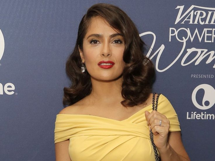 """Have the courage to be unique"" Salma Hayek urges young girls to forget about fitting in"