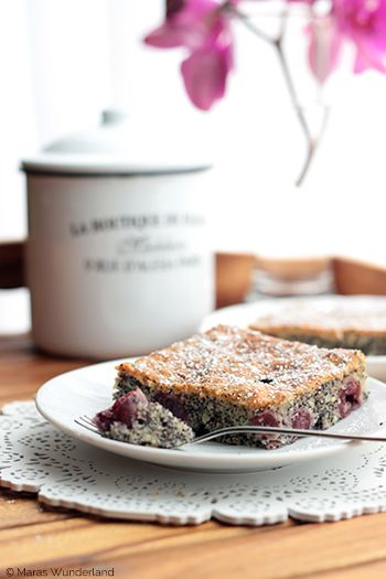 Kirsch-Mohnkuchen - find German recipes in English @ www.mybestgermanrecipes.com