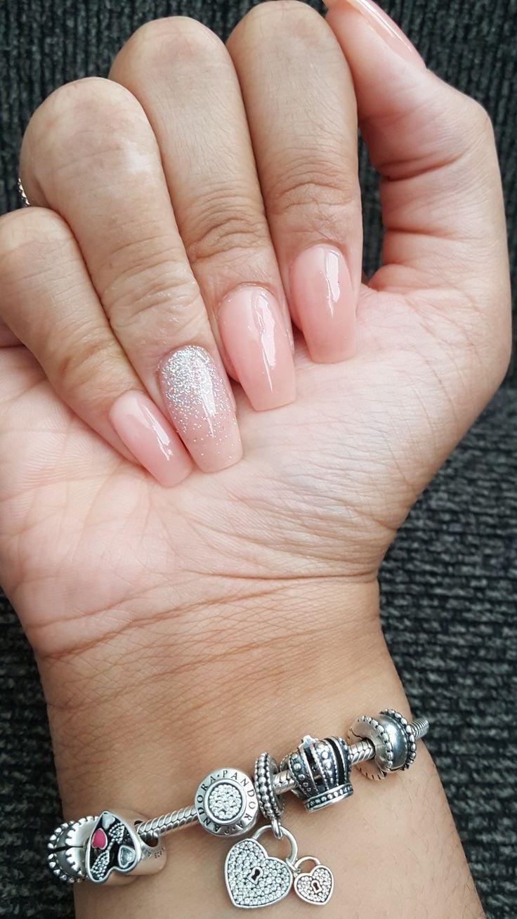 Nude Glitter Ombré-Nägel, Sargform, Herbst- und Sommernageldesign, getauchte N