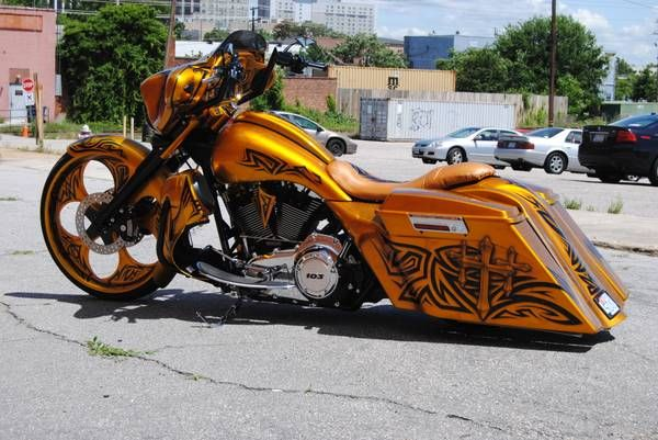2012 H-D Street Glide built and painted by Crazy Beavers Customs in Clayton NC
