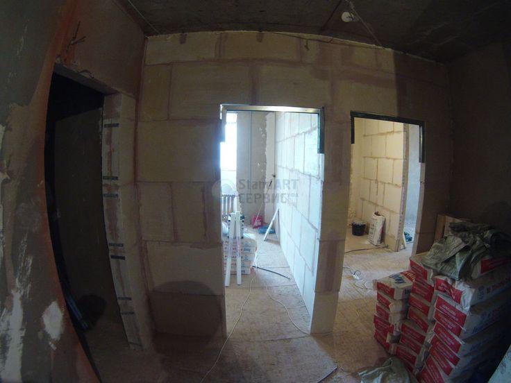 Построили перегородки. Комнаты готовы для оштукатуривания стен. Дверные проемы при построении стен сразу вывели в нужную высоту. А вот все остальные проемы придется уменьшать на 4-6 см. Также немного видоизменили а именно перенесли все дверные проемы, чтобы в конце на дверях не устанавливать обрезные наличники. .- Объект: #18032017_ssufa .- #ssufa #remontnik #отделка #отделкауфа #ремонтквартир #ремонтквартируфа #ремонтвуфе #ремонт #ремонтподключ #ремонтквартиры #отделка #отделкаквартир…