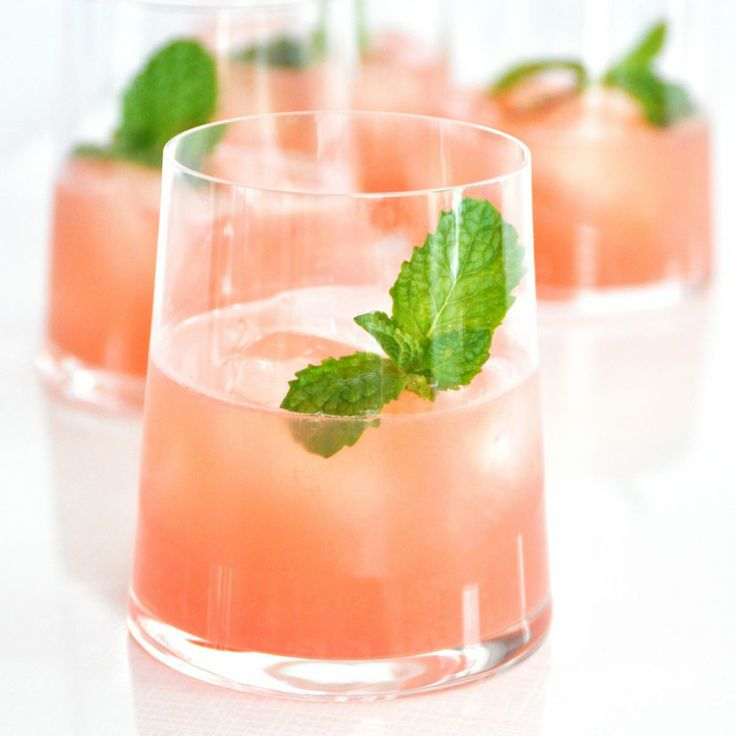 The Winter Splash is a great holiday drink that's light & refreshing with a hint of elderflower.