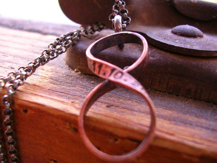 私の Etsy ショップからのお気に入り https://www.etsy.com/jp/listing/209222740/bronze-custom-infinity-necklace-hand