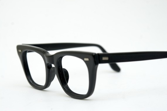 Kreskin's Glasses!