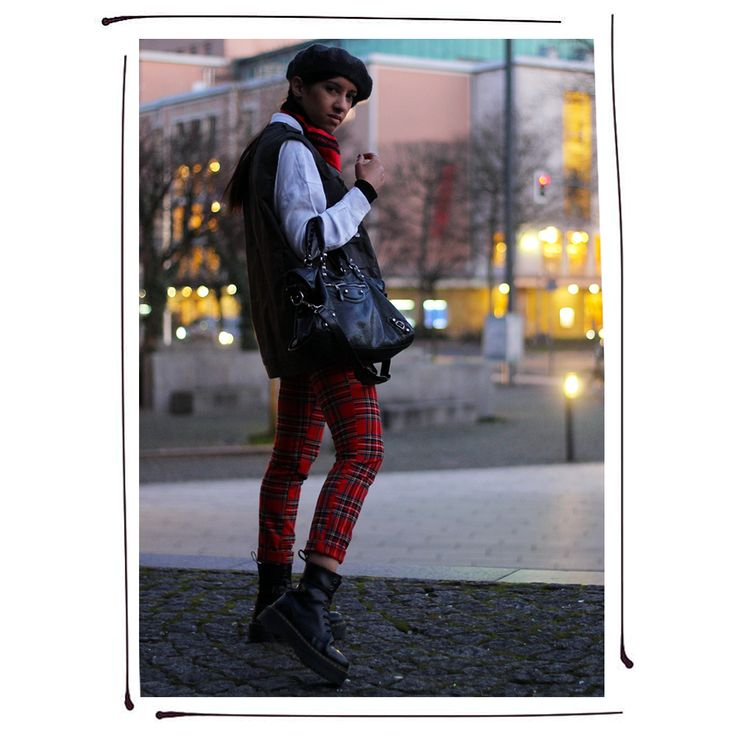 I'M ON A MISSION ! #LauraBhrd #Punk #PunkChic #Tartan #FrenchStyle