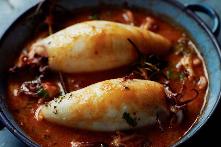 This delicious stuffed calamari recipe is a southern Italian classic and a favourite of the chef Francesco Mazzei.